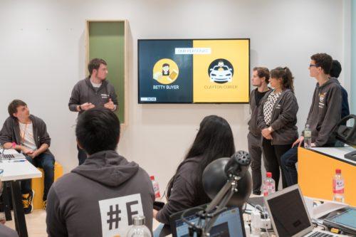 Präsentation unserer Idee beim #Fiction2Science Cloud Hackathon by Continental AG @ IAA Frankfurt. Foto: Continental AG