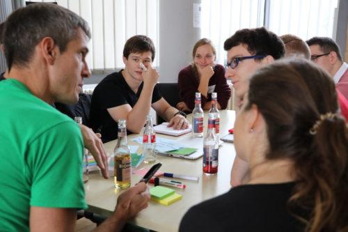 Ideenfindung beim EnergizeIT Hackathon by Fraunhofer IAO. Foto: Fraunhofer IAO, CAS Software AG